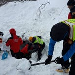 At least 30 missing as avalanche buries Italian hotel