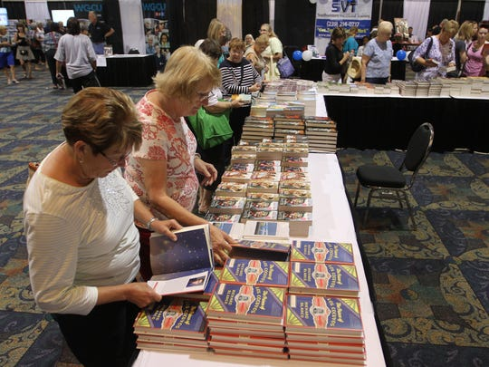 Visitors to the Southwest Florida Reading Festival  will  meet some of their favorite authors  in downtown Fort Myers.