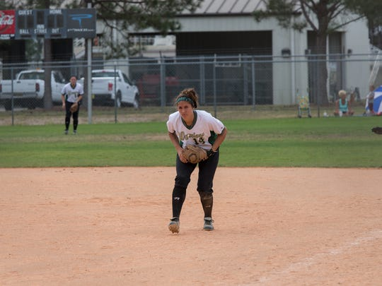 Wayne State freshman Megan Guitar plays first base
