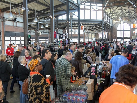 Over 200 local entrepreneurs were on hand as crowd