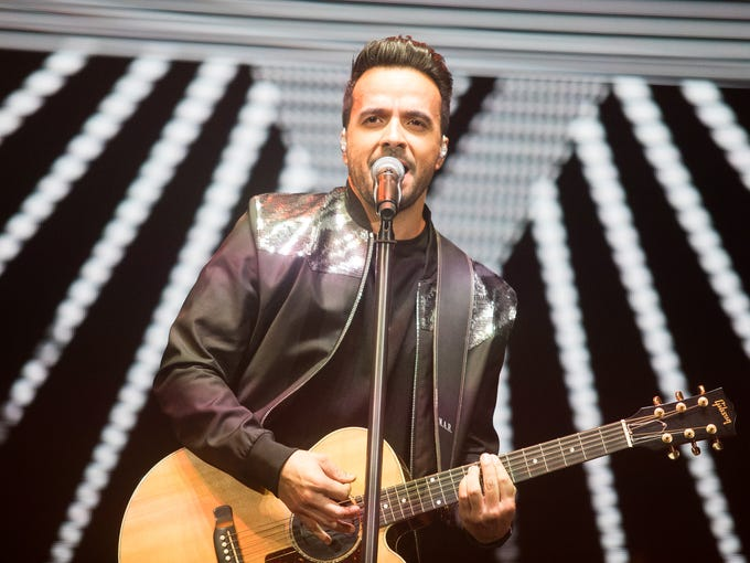 Luis Fonsi performs at Comerica Theatre on Sept. 10,