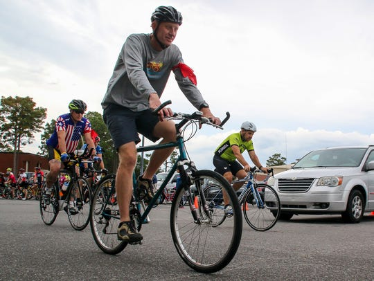Cyclists start the annual Ride of Silence, coordinated
