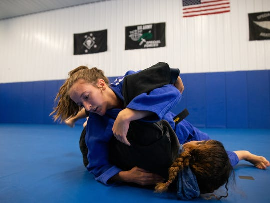 Brinna Lavelle grapples with MiMi Bowen at Bowen Combative