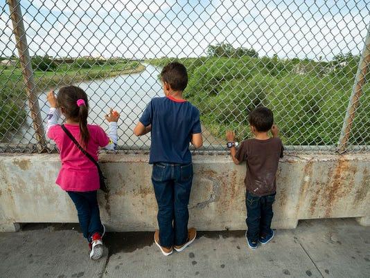 636667438846047941-TT-Vindel-Rodriguez-family.jpg