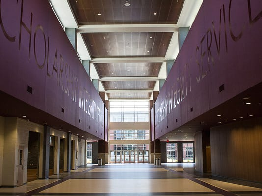 636690211036694347-collierville-high-school.jpg