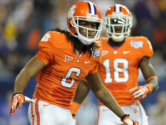 Clemson wide receiver DeAndre Hopkins (6) reacts after