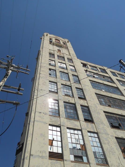 -crosley tower1.jpg_20120622.jpg