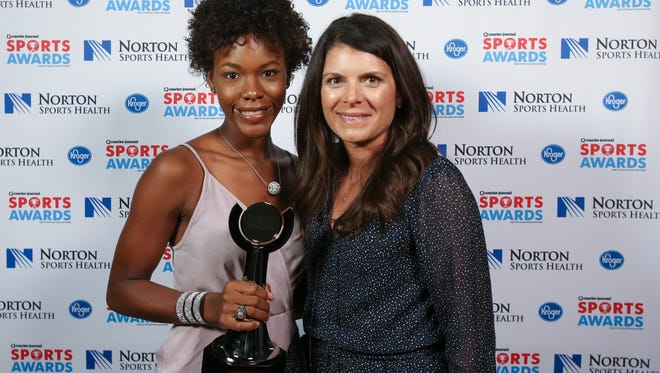 Two-time U.S. Olympian Mia Hamm, right, posed with Hadiya Williams during the CJ Sports Awards.June 12, 2017