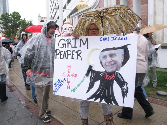 Anti-Icahn Protest_Schu