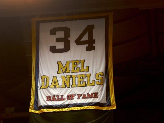 Mel Daniels' #34 hangs high at Bankers Life Fieldhouse,