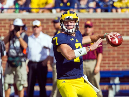 MNCO 1001 Michigan handled QB's concussion, aftermath poorly.jpg