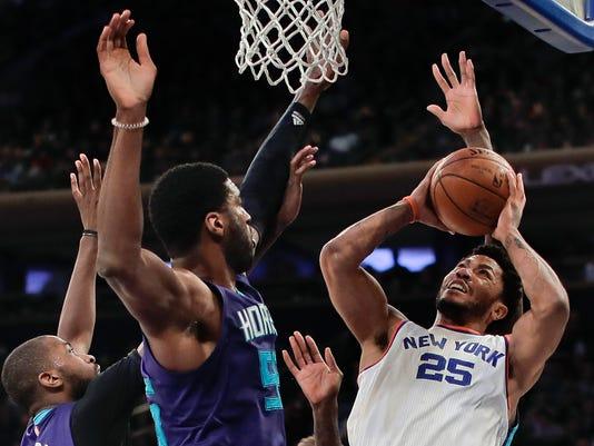 636213200476999335-Hornets-Knicks-Basket-njha.jpg