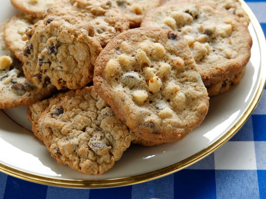 Chip cookies by Hillary Clinton with White and Dark Chocolate Chip ...