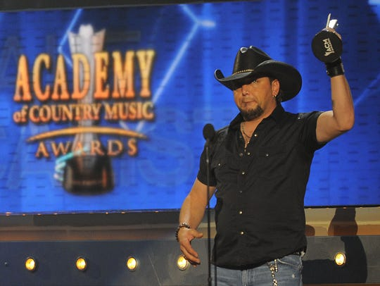 Jason Aldean will receive the artist of the decade award at theAcademy of Country Music Awards in April.