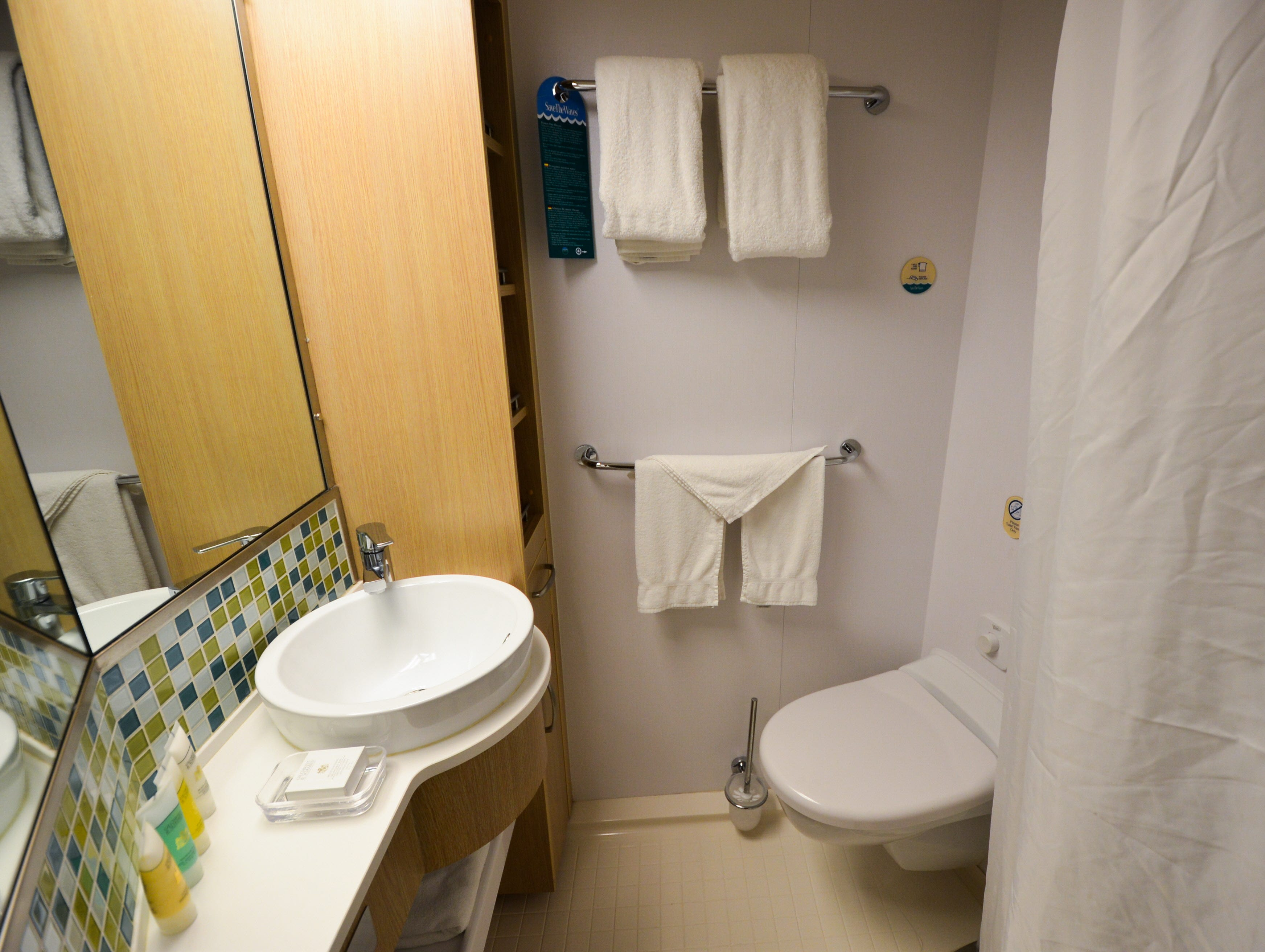 Secondary bathrooms in Royal Family Suites have showers but no bathtubs.