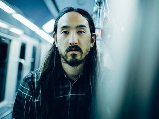 Steve Aoki joins in on the Neon Desert fun