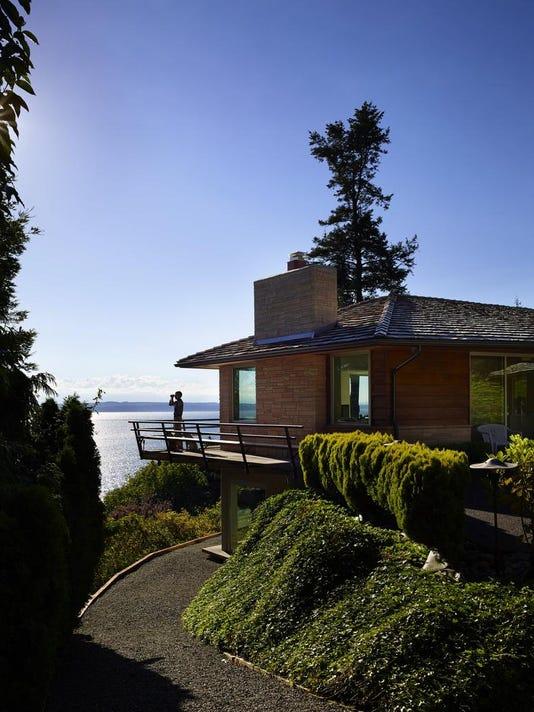 A John Fluke gem: Designed by a genius, a dated house finds its soul again