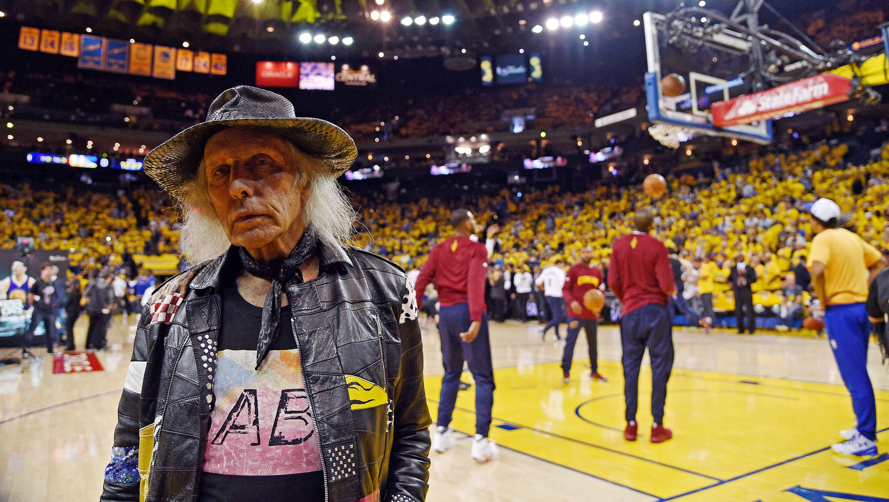 Secrets of NBA super-fan Jimmy Goldstein