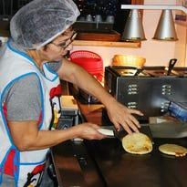 Pupuseria Gladys brings El Salvador's national dish to Tulare