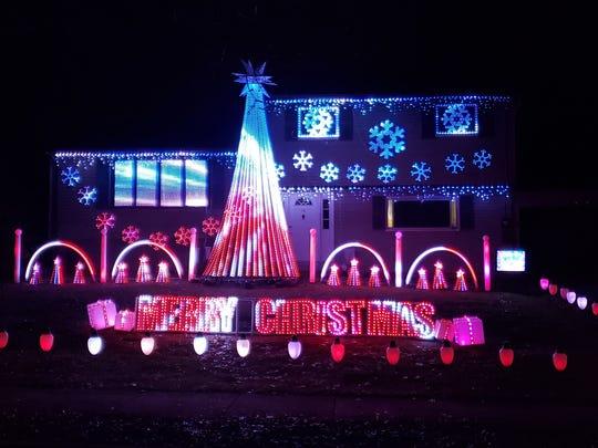 Weber Family Lights displays.