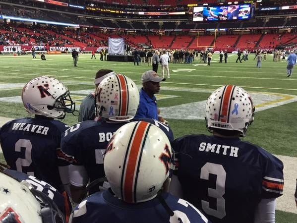 Northside preparing to take the field before their final game against Mays