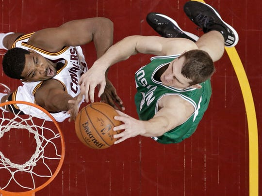 Tyler Zeller scored 11 points on 5-of-8 shooting in Game 2 of the Celtics' opening round series against the Cavs.