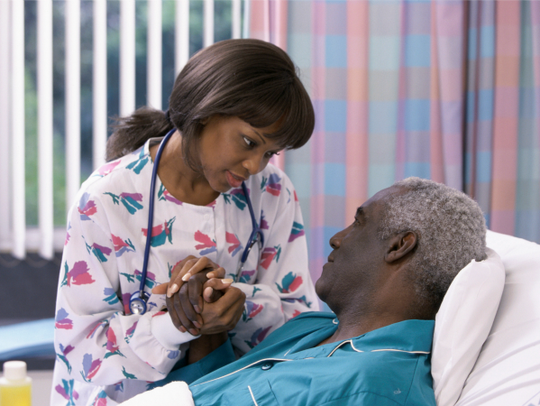 Registered nurses help care for patients in many settings.