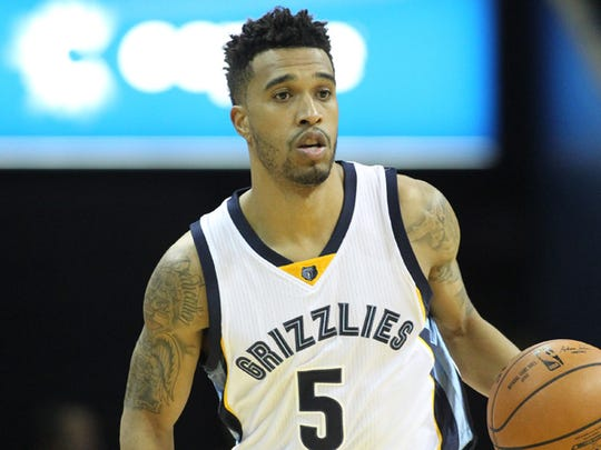 Courtney Lee went to Pike High School.