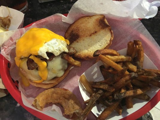 636195802045604755-Off-the-Rail-Hungover-Burger--Renne2.jpg