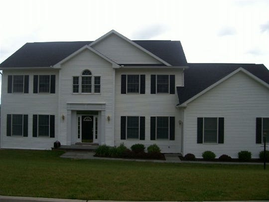 100 Red Fox Run Road, Vestal was sold for $455,000