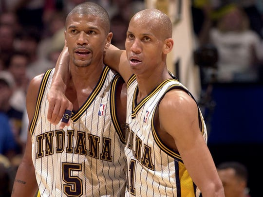 Jalen Rose and Reggie Miller both scored 40 points in the same game.