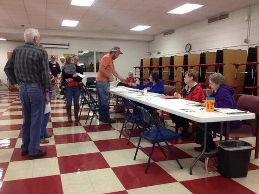 Clarksville-voting-nov.-4