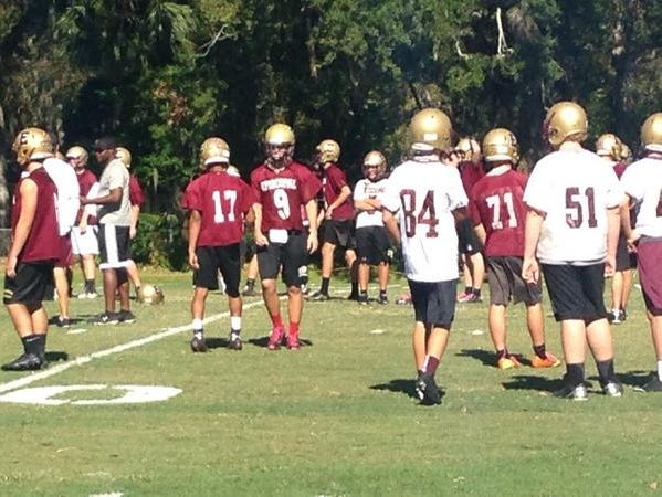 Episcopal Eagles practice before game against Providence