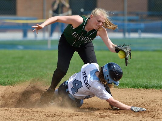 Softball: Midland Park at Paramus