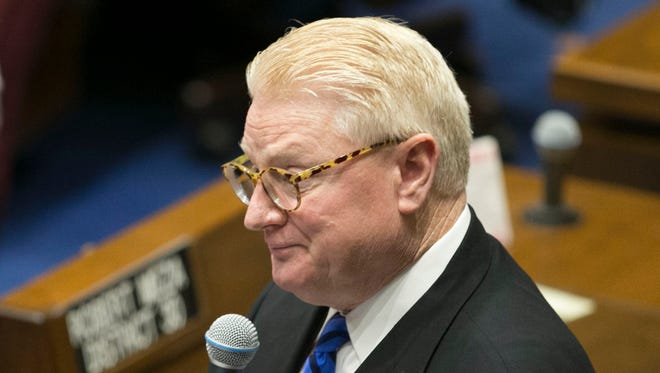 Sen. Bob Worsley speaks about expanding school vouchers in the Senate chambers at the Arizona State Capitol in Phoenix on Thursday, April 6, 2017.