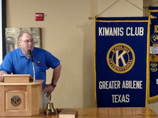 Bill Lenches, of the 12th Armored Division Memorial Division, speaks to the Kiwanis Club of Greater Abilene.