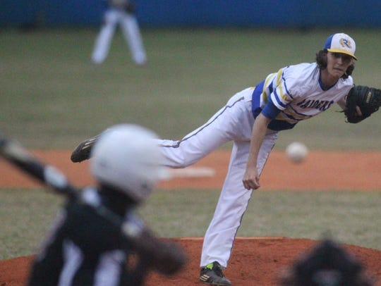Rickards' Michael-Todd Reed pitches against Franklin