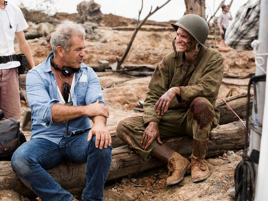 Mel Gibson and Andrew Garfield on the set of 'Hacksaw