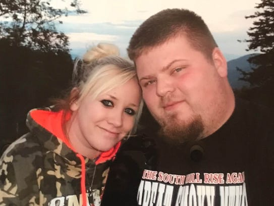 Samantha Malohn, left, and Rodney Pollitt Jr. along