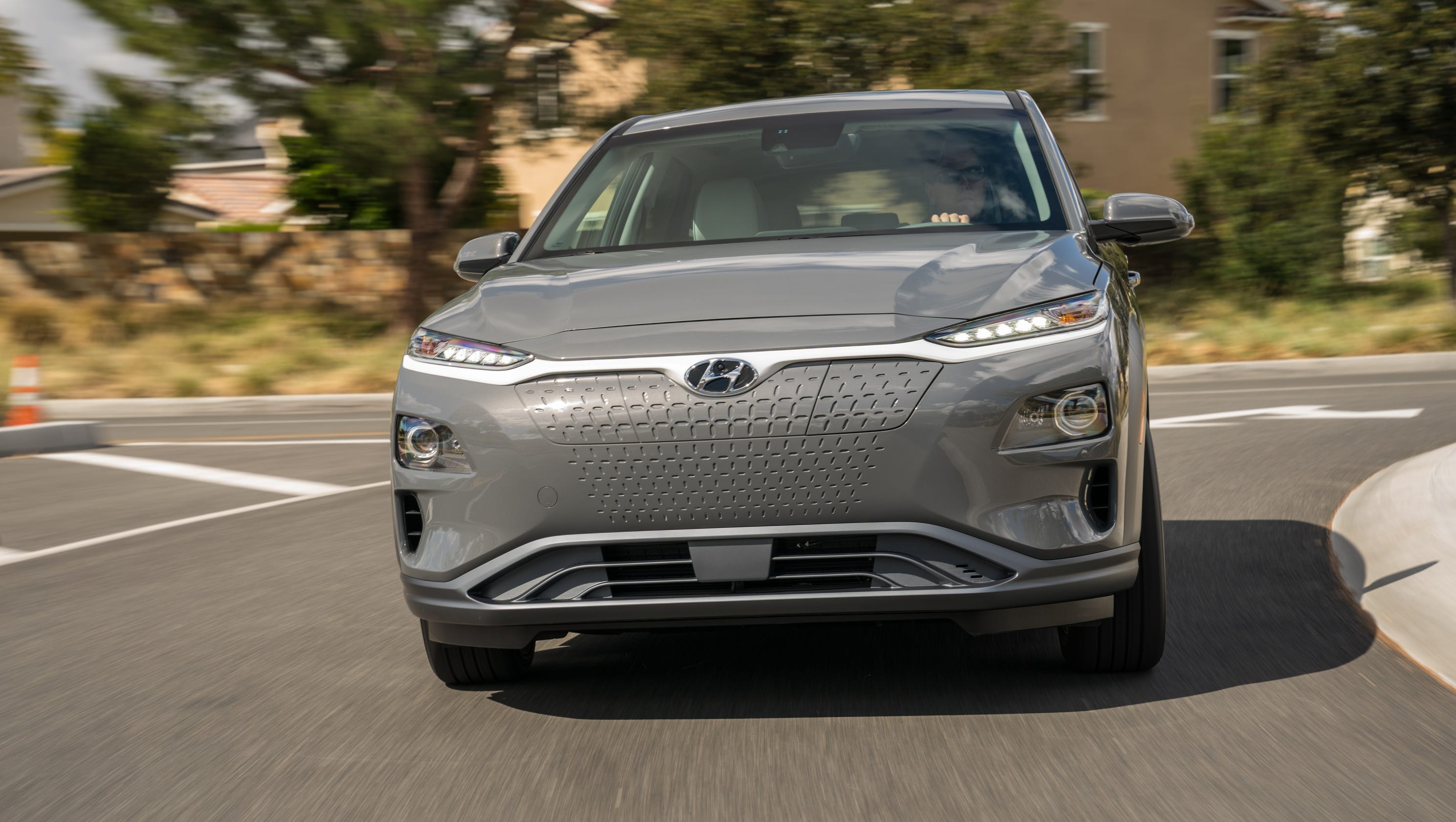 new york auto show hyundai 39 s kona ev will get tesla like electric range. Black Bedroom Furniture Sets. Home Design Ideas