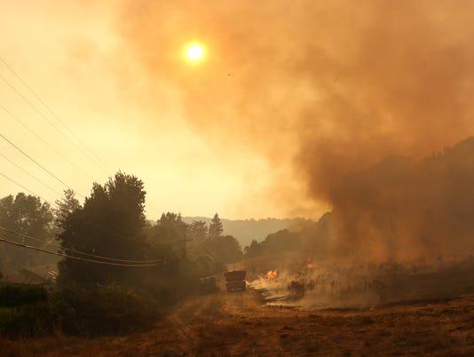 XXX REN_FIRE_NAPA_73.JPG USA CA