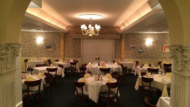 Madeleine's Petit Paris's dining room