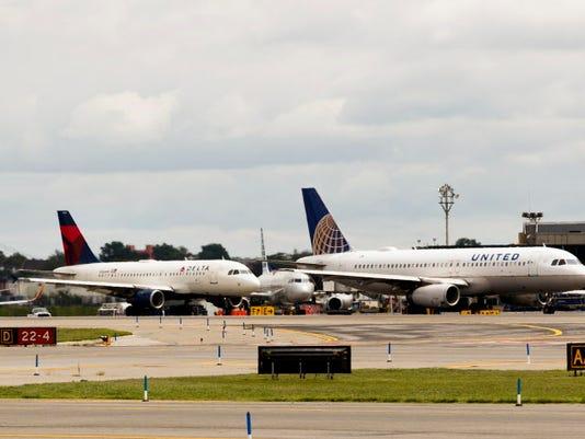 EPA USA NEW YORK LAGUARDIA AIRPORT EBF TRANSPORTATION USA NY