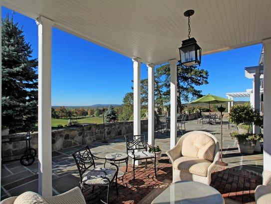 Luxury Living Equestrian Estate In Pottersville Has 20 Acres