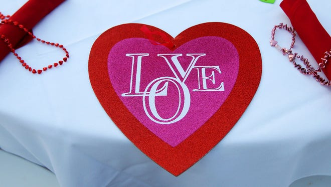 Do you dine out on Valentine's Day? JLB doesn't
