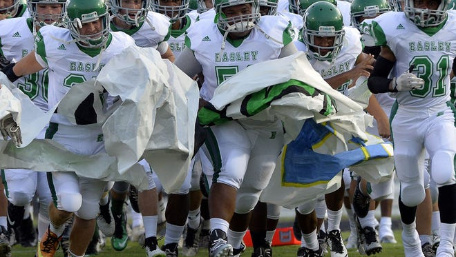 Easley hosts Seneca in Week 2 action.