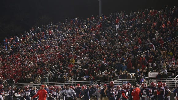 Stepinac beat rival Iona Prep 16-14 in the 2014 CHSFL