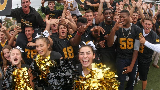 Holmdel, NJ The Asbury Park Press's Red Zone Road Show at St. John Vianney High School in Holmdel previews this week's games. 092815