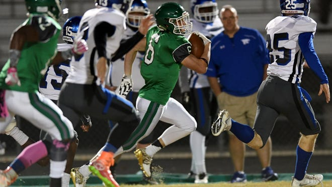 Senior running back Will Drawdy (6) and the Easley Green Wave will play at J.L. Mann in a Region 1-AAAAA game Friday night.