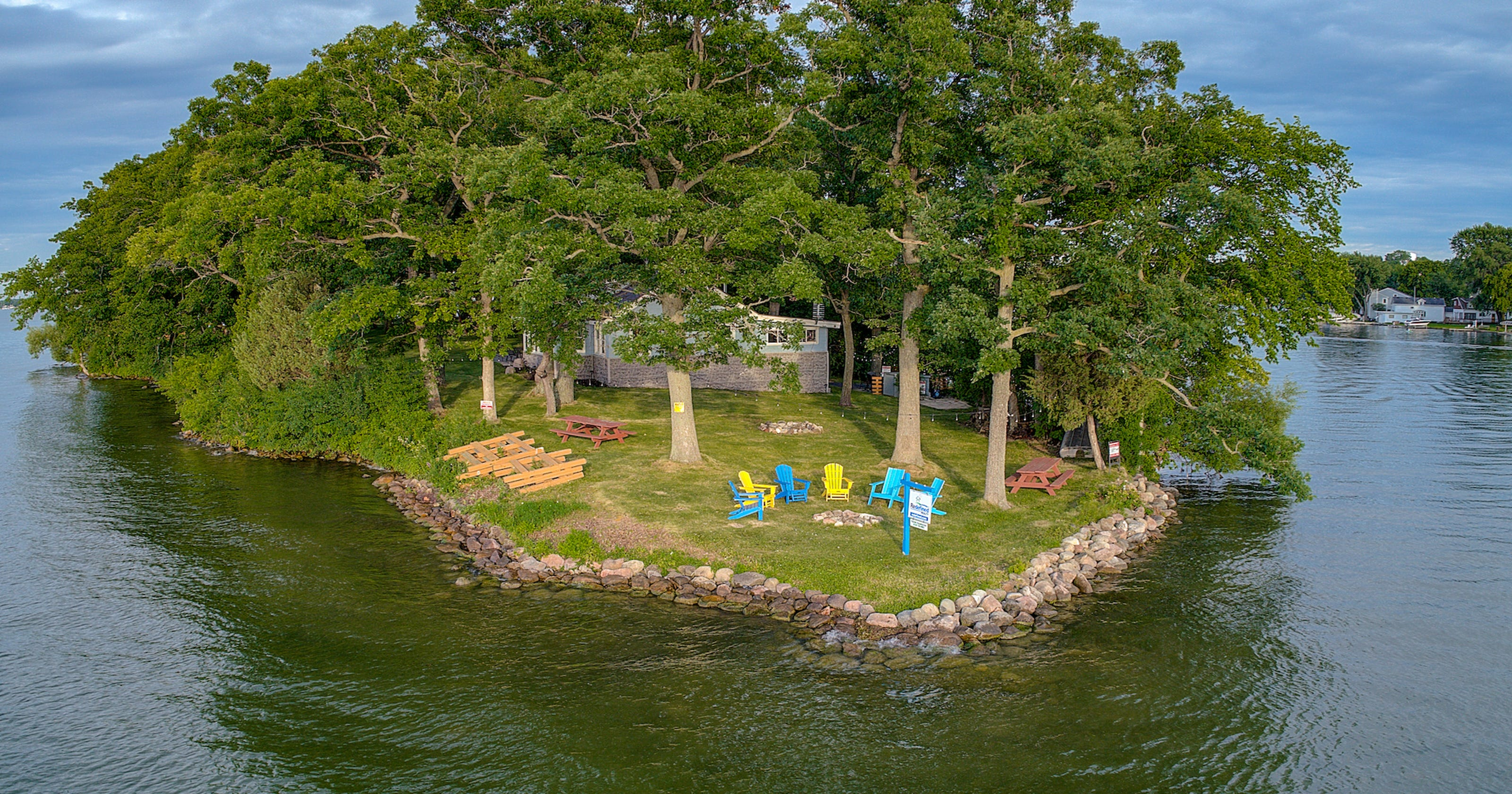 Private island getaway in Pewaukee Lake can be yours for